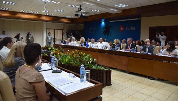 Celebran Diálogo sobre Desarrollo Sostenible