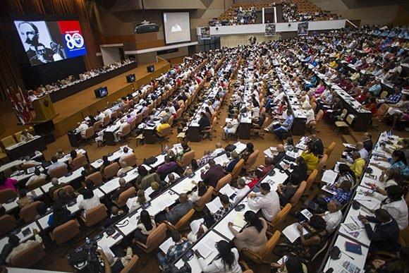Delegados al Congreso de la CTC reciben información sobre economía cubana