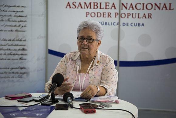 Gladys Bejerano Portela, vicepresidenta del Consejo de Estado y Contralora General de la República. Foto: Irene Pérez/ Cubadebate.
