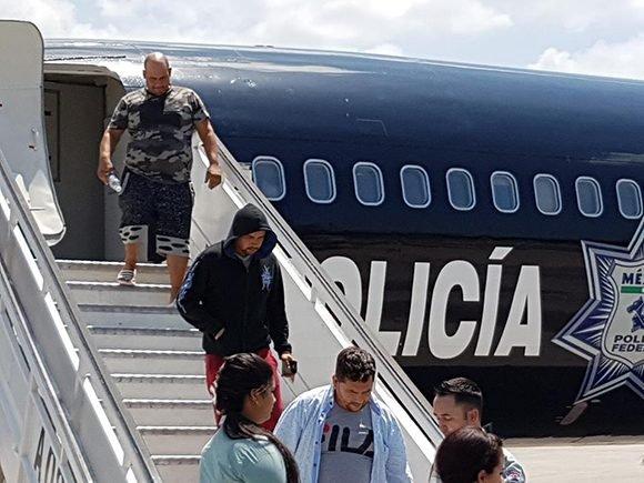 Gobierno mexicano deporta nuevo grupo de ciudadanos cubanos