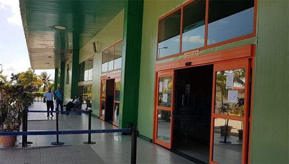 Reabre para operaciones el Aeropuerto Abel Santamaría en Santa Clara