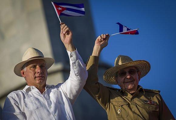 Mensaje de Díaz-Canel a Raúl: Gracias por la historia, la lealtad y la modestia