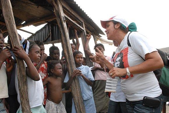 Doctora cubana en Haití. Foto: Roberto Suárez/Juventud Rebelde.