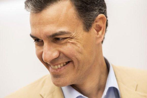 Pedro Sánchez inicia reuniones para formar gobierno
