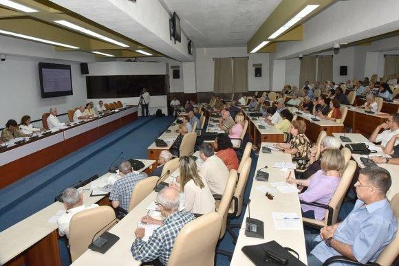 Destaca Díaz-Canel potencial científico de Cuba