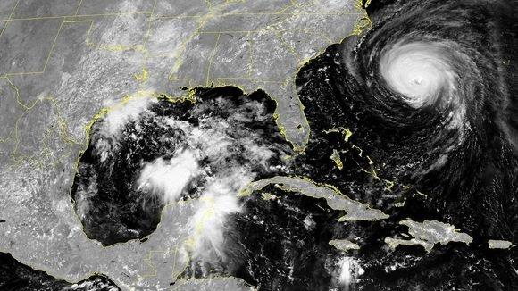 ¿Se mueven los ciclones tropicales a un ritmo más lento?