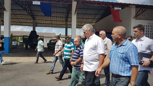 Nuevo incremento salarias para trabajadores estatales en Cuba