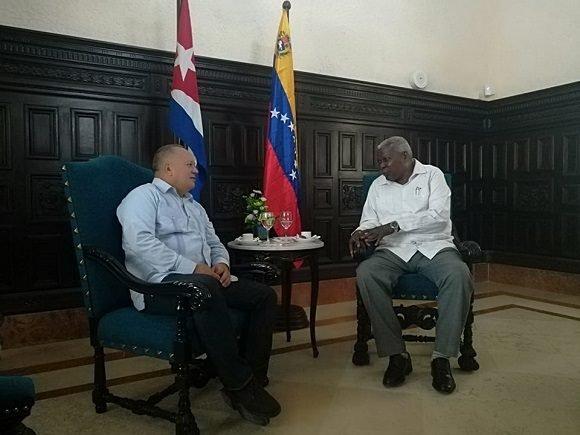 Cabello desde Cuba:
