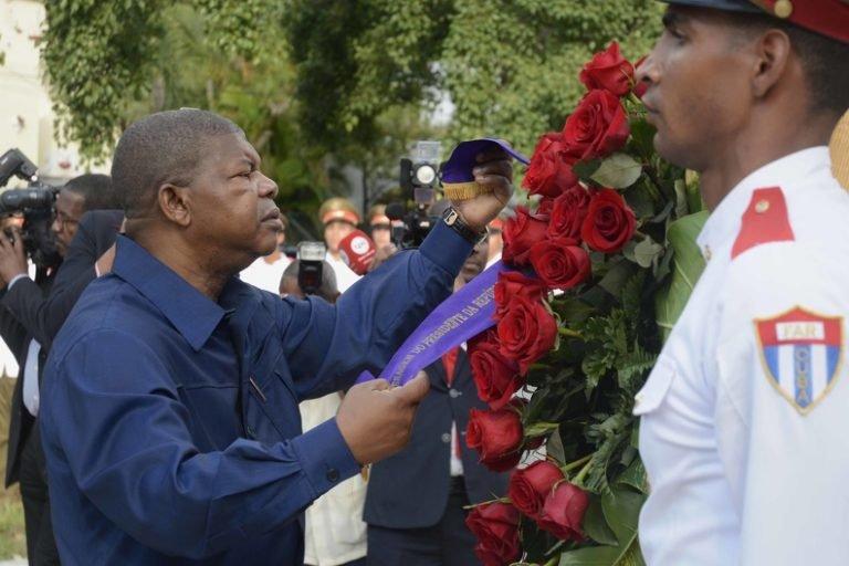 Cuba es el país que más ha contribuido al desarrollo en Angola, destacó el presidente angoleño