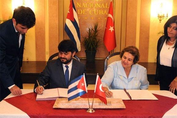 Turquía y Cuba por la cooperación en el turismo