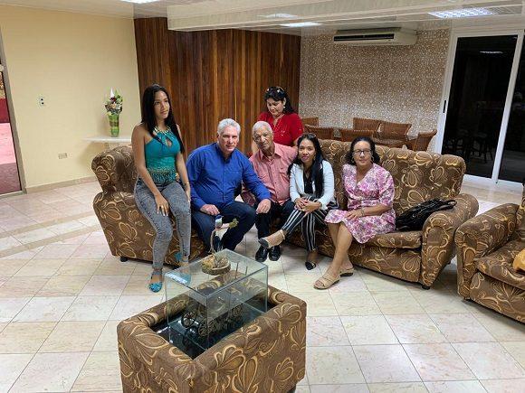 Díaz Canel sostuvo encuentro con familiares de Assel Herrera, médico secuestrado en Kenya