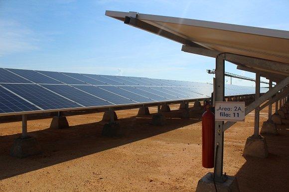 Cuba impulsa parques solares para elevar cuota de energía renovable