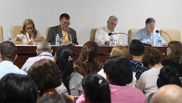 Díaz-Canel: Debemos actuar como país para enfrentar y superar las dificultades