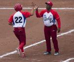 Súper nocao y cero hit a Perú en debut del sóftbol masculino. Foto: Irene Pérez/ Cubadebate.
