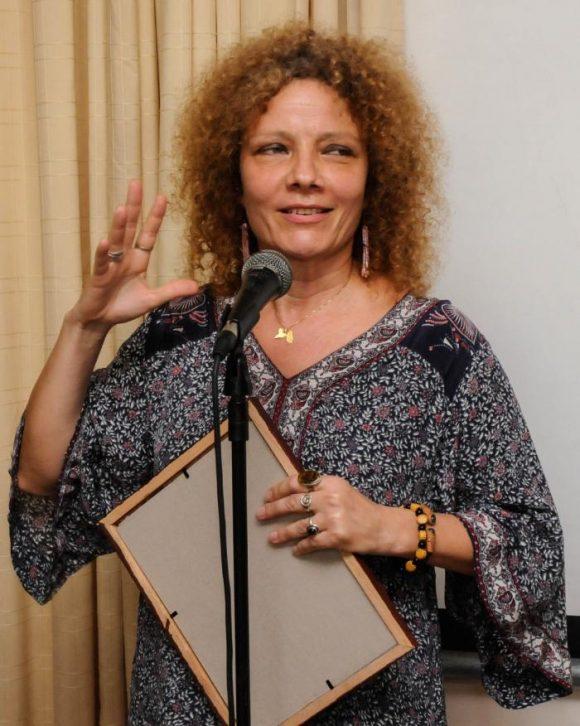 Con su obra Un pañuelo, la escritora cubana ganó el Premio  Cortázar de Cuento. Foto:  Foto: Endrys Correa Vaillant/Granma