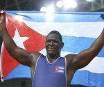 Oscar Pino sustituye al tres veces campeón olímpico de la división, Mijaín López, quien irá en el grupo con el objetivo de entrenar y estudiar a sus posibles rivales en los Juegos Olímpicos de Tokio 2020.