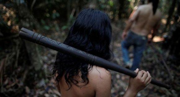 Más de un millón de indígenas en riesgo por causa de incendios en la Amazonía