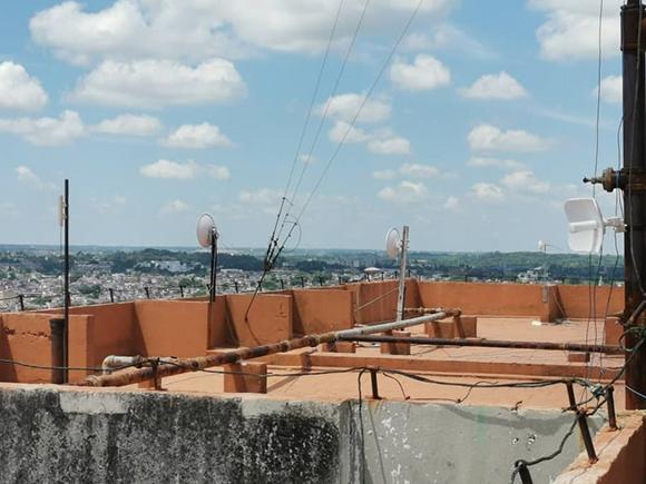 equipos de redes privadas esquina de tejas