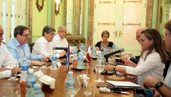 Cuban and Canadian Foreign Ministers meet in Havana