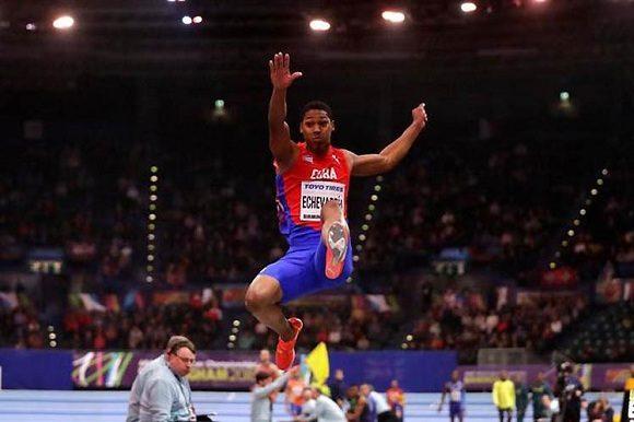 Mundial de atletismo: Juan Miguel Echevarría se lleva la medalla de bronce