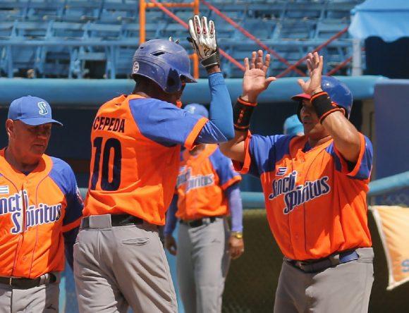 Espirituanos abren con victoria ante matanceros fase de comodines del Béisbol cubano