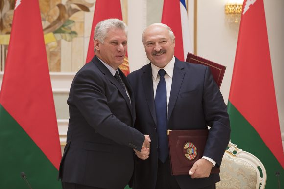 Dialogan en Minsk presidentes de Cuba y Belarús (+ Fotos)