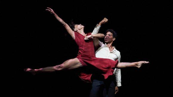 Successful shows by Acosta Danza in Chile