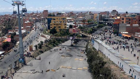 Bolivia: Confirman muerte de cocaleros por impactos de bala, piden dimisión de Jeanine Áñez