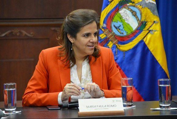 Ecuador pondrá fin a convenios de Salud con Cuba