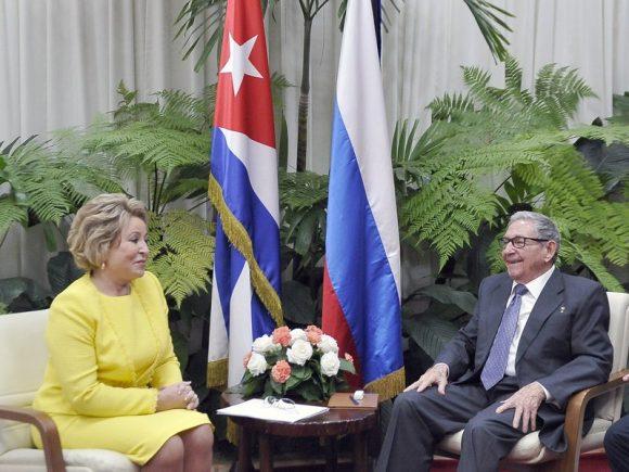 Recibió Raúl Castro a Presidenta del Consejo de la Federación de Rusia