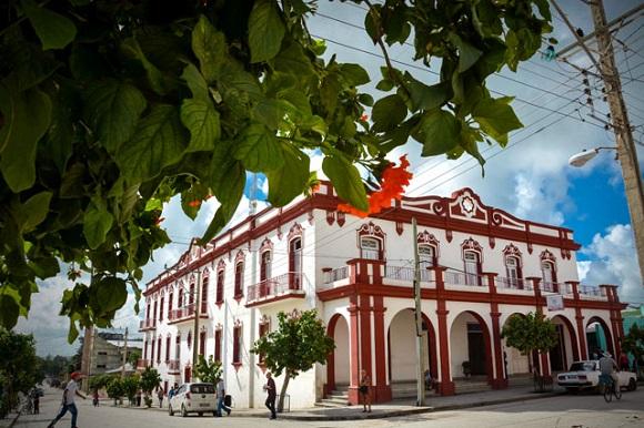Paseo por la capital arqueológica de Cuba