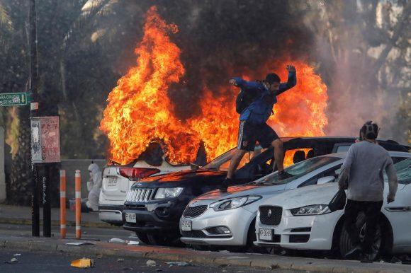 Violentas protestas en Viña del MAr AFP