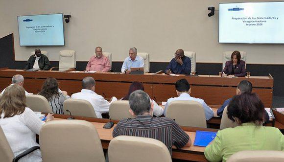Intercambia Díaz-Canel con los gobernadores y llama a trabajar por Cuba con dedicación