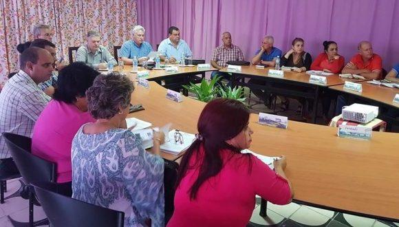 Presidente de Cuba en visita gubernamental a Cienfuegos