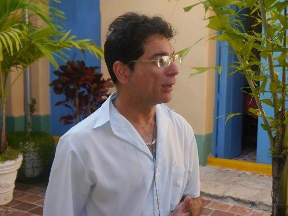 Erick González Bello director