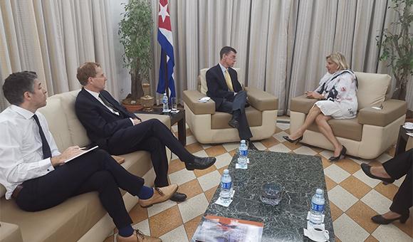 Analizan Cuba y Reino Unido potencialidades de cooperación bilateral