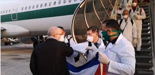 Llegan médicos cubanos a Lombardía para apoyar atención sanitaria frente a la COVID-19