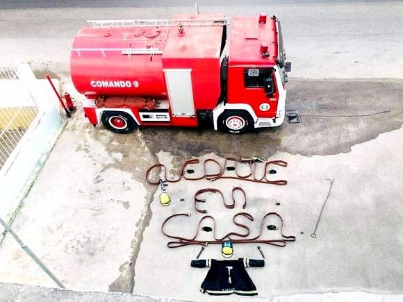 La imagen del día: Mensaje de bomberos en tiempos de COVID-19