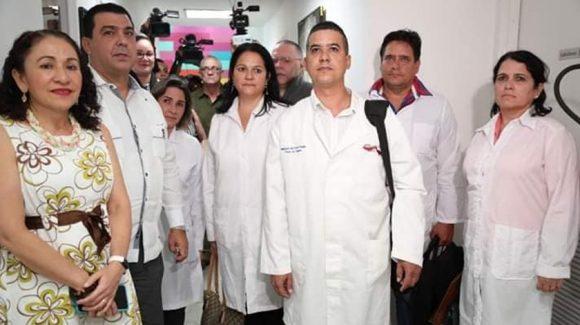 Misiones médicas de Cuba parten a varios países ante Covid-19