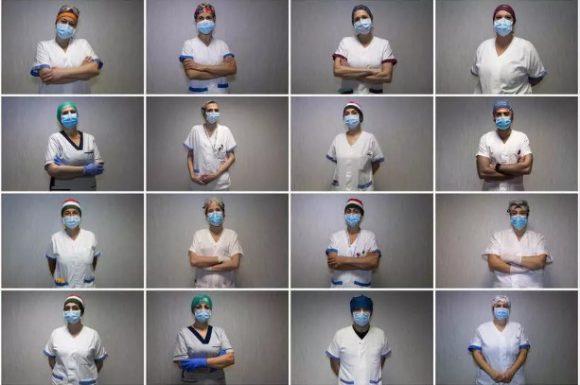 Combinacion de imagenes tomadas el 21 de abril de 2020 durante una sesion fotografica en la unidad de cuidados intensivos del hospital Tor Vergata en Roma AFP
