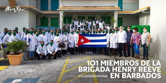 La brigada está compuesta por 101 licenciados en enfermería que ayudarán a combatir la COVID-19 en esa nación. Con estos profesionales, suman 500 los enfermeros y enfermeras que en las 15 brigadas médicas cubanas luchan contra el nuevo coronavirus.