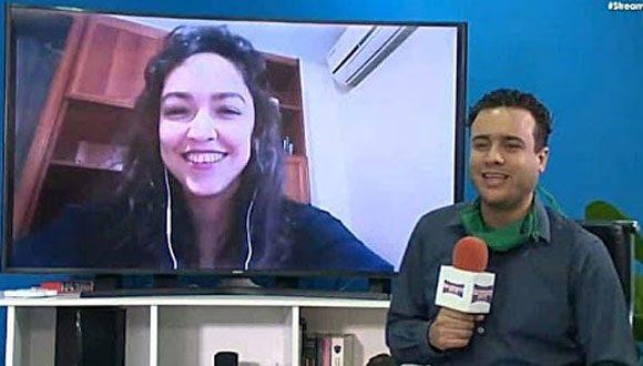 El periodista Dayron Chang realiza entrevistas en StreamingCuba