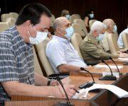 Los números que informó este sábado el ministro de Salud Pública, José Angel Portal Miranda, dan cuenta de lo que Cuba ha logrado con disciplina y constancia: de los 2 369 pacientes diagnosticados con la enfermedad, se mantienen confirmados solo 54, de ellos el 96,3% con una evolución clínica estable