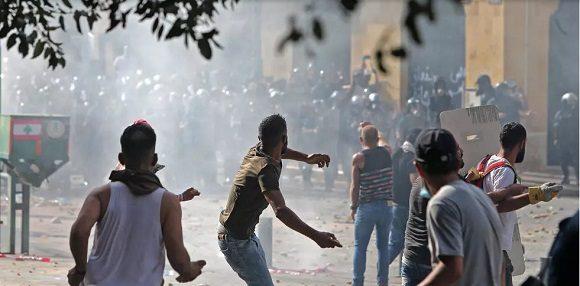 Gobierno del Líbano dimite entre protestas por la explosión de Beirut