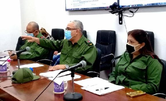 Llama Consejo de Defensa de La Habana a mantener mayor distanciamiento individual en las colas