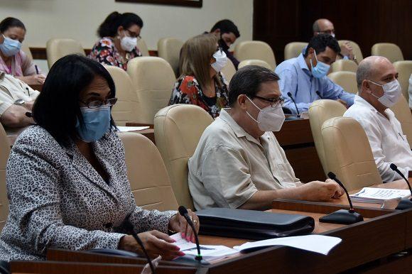 Cuba terminó su semana 29 de enfrentamiento a la epidemia de la COVID-19 con una disminución del 10% de los confirmados en comparación a los siete días anteriores. Foto: Estudios Revolución.