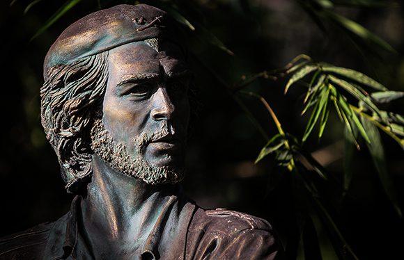 Según Bolsonaro, Che Guevara inspira a marginales y drogados - Actualidad