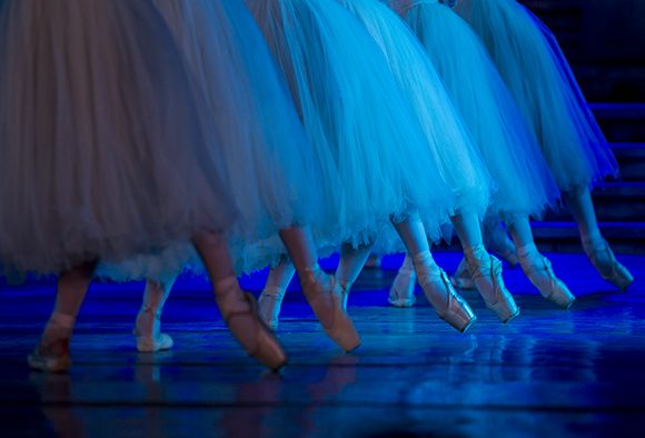 Suspenden funciones del Ballet Nacional de Cuba