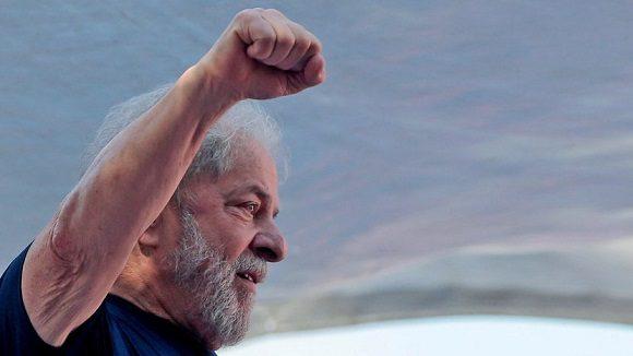 Díaz-Canel reconoció el tiempo de vida dedicado por Lula a la lucha incansable en favor de la igualdad y la justicia social para el pueblo de Brasil y América Latina. Foto: Presidencia Cuba.