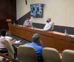 El Presidente cubano Díaz-Canel convocó a las autoridades espirituanas a trabajar con rigor para que puedan salir rápido de la complejidad epidemiológica. Foto: Estudios Revolución.